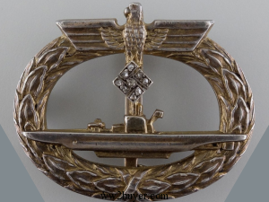 submarine badge with diamonds