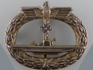 submarine badge with diamonds
