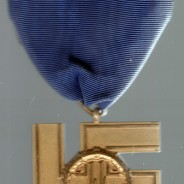 Nazi Medal Sells